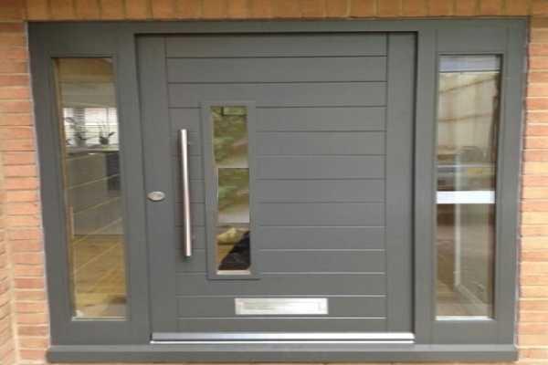 درب فلزی نفر رو خیلی زیبا و شیک و مدرن مناسب برای ورودی حیاط و ساختمان کد ۱۱۶