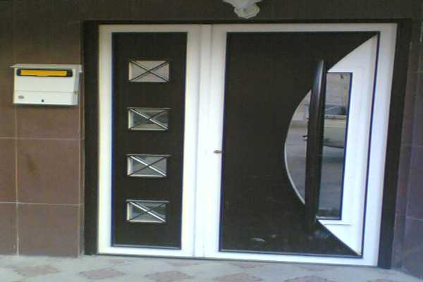 درب فلزی نفر رو بسیار شیک و زیبا مناسب برای ورودی ساختمان و حیاط کد ۱۲۲
