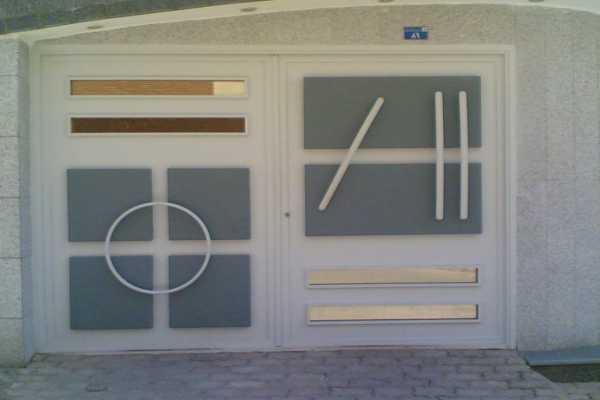 درب فلزی بسیار شیک و به روز با طراحی منحصر به فرد مناسب برای ورودی ساختمان , حیاط و پارکینگ کد ۱۲۳