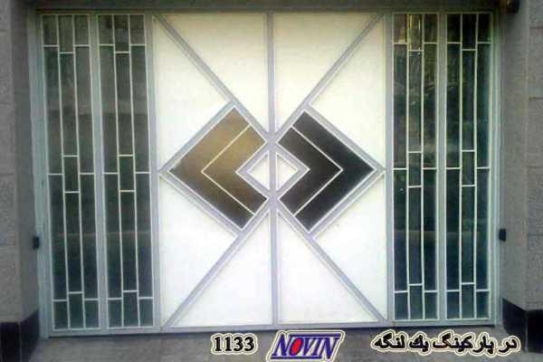 درب فلزی شیک با طراحی بسیار ساده مناسب برای درب ورودی حیاط و پارکینگ و ورودی ساختمان کد ۱۸۰