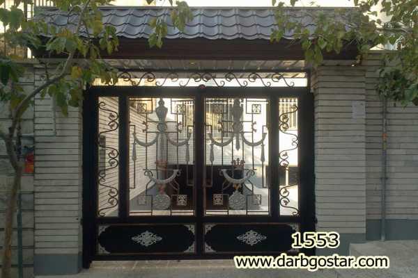 درب فلزی زیبا و شیک مناسب برای درب حیاط و ورودی ساختمان با گلهای مدل کراواتی کد ۲۶۷