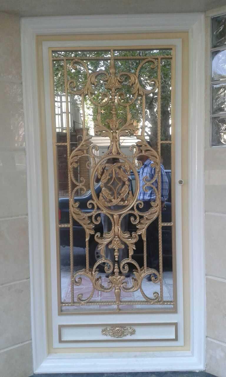 درب فلزی ورودی نفر رو بسیار شیک و زیبا با طرحی به روز و منحصر به فرد مناسب برای ورودی حیاط و ساختمان کد ۴۰۴
