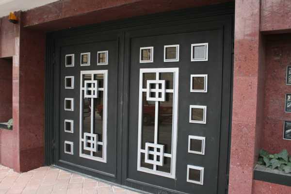 درب فلزی بسیار شیک و به روز باطرحی منحصر به فرد مناسب برای ورودی ساختمان , پارکینگ و حیاط کد ۷۹